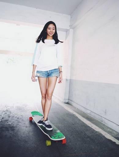 滑板韩国女神视频短片